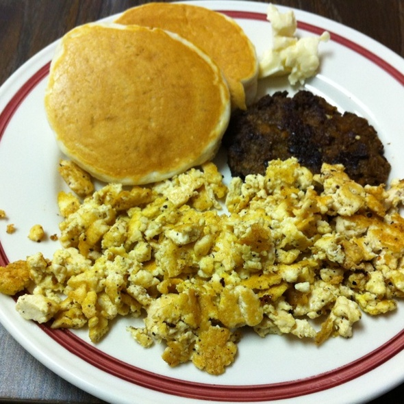 Vegan Breakfast @ Dough Bakery