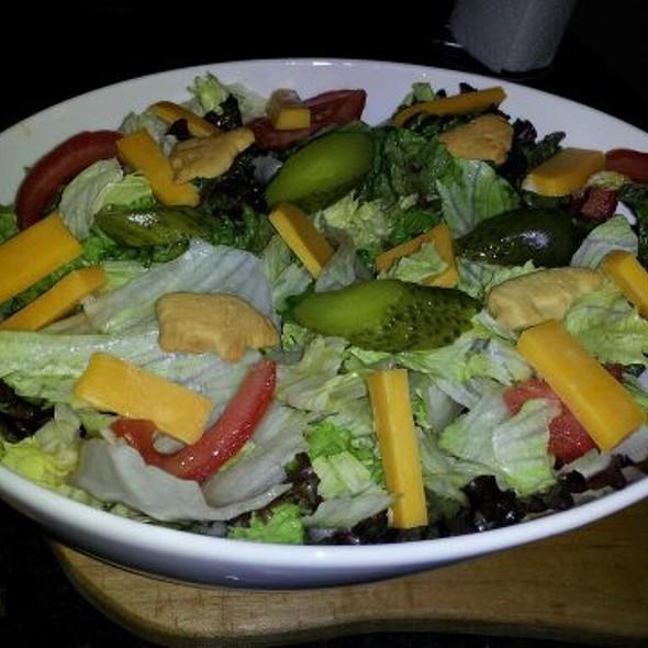 Homemade Animal Cracker Salad  @ Gástro Ecléctico
