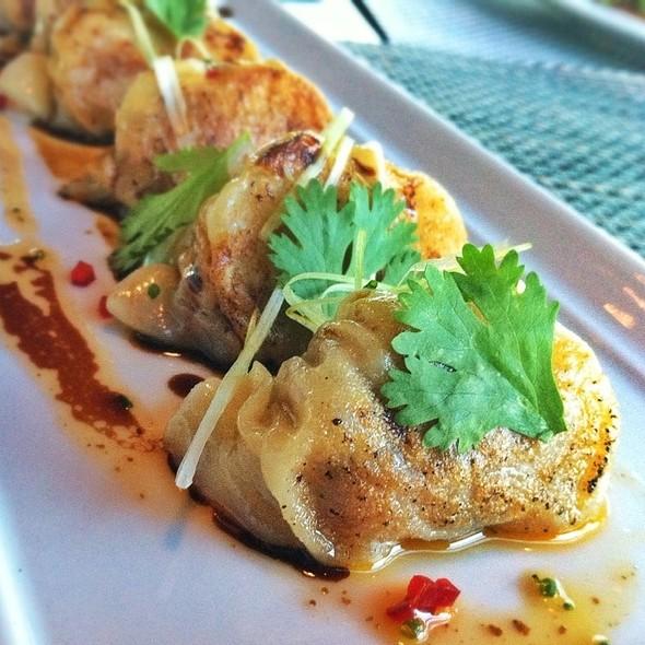 Tiny Dumplings @ WP24