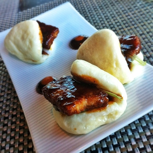 Steamed Baby Bao Buns @ WP24