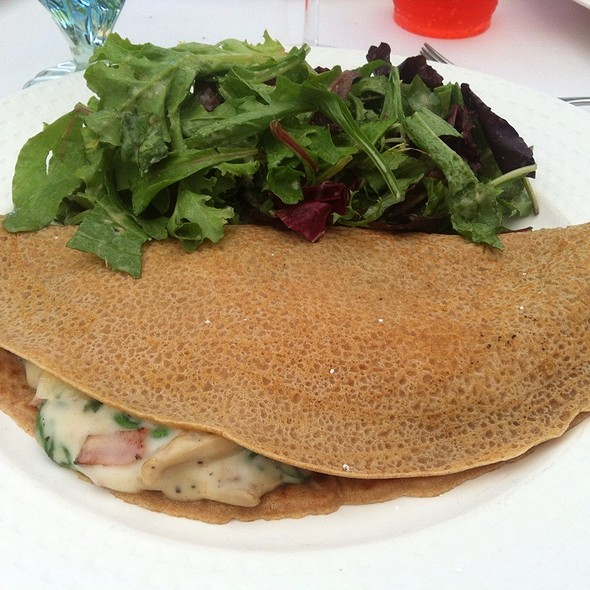 Vegetable Crepe @ Garfield's Restaurant