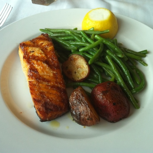 Cedar Plank Salmon @ Riva Navy Pier