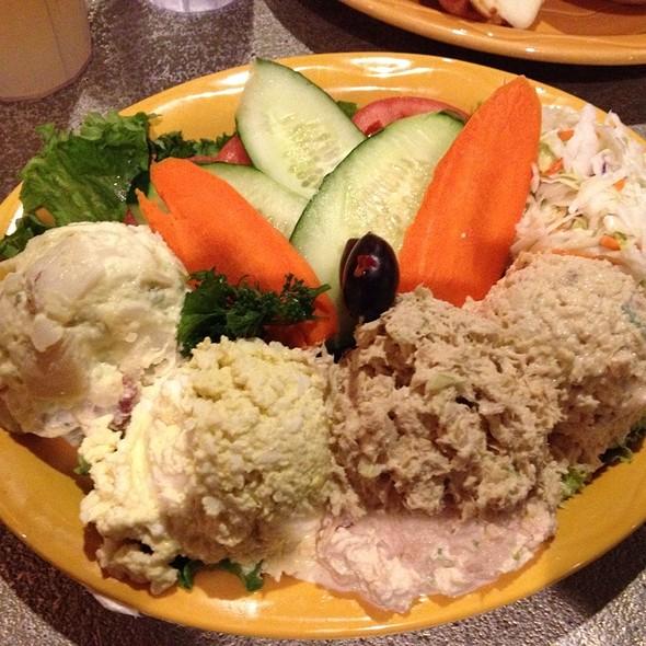 Tri Salad Platter @ Monsoon