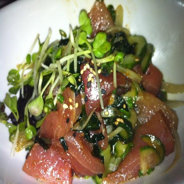Poke @ Sansei Seafood Restaurant & Sushi Bar