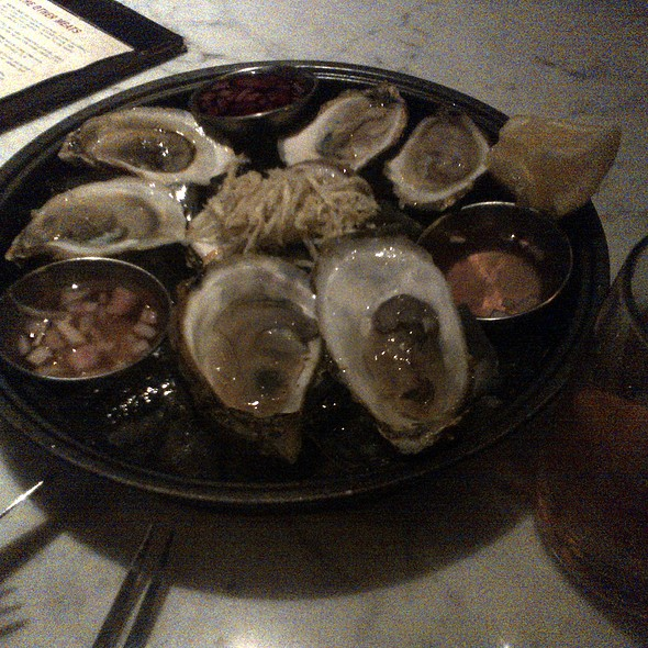 Oysters @ The Bauer Kitchen