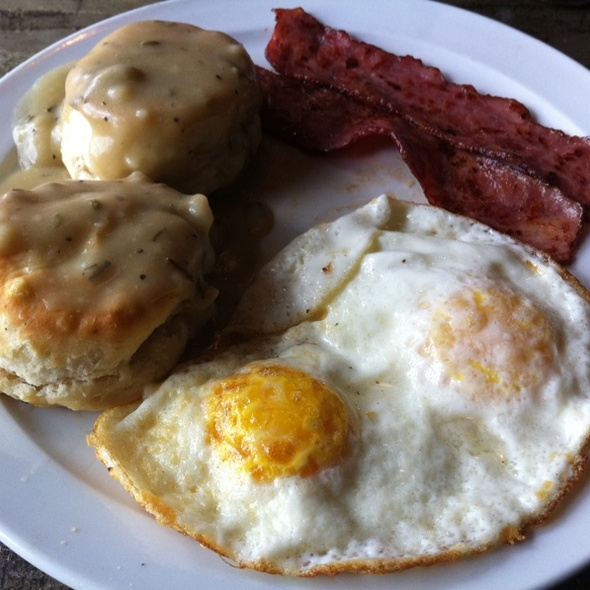 Biscuits and Vegetarian Gravy @ Radial Cafe