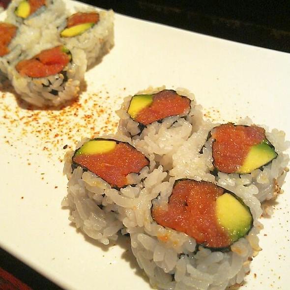 Spicy Tuna Roll @ Hikari Sushi