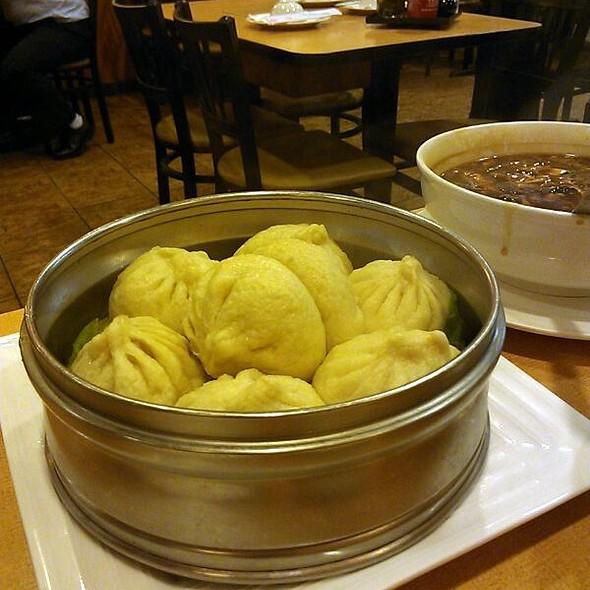 Steamed Pork Buns @ Fu Fu Cafe