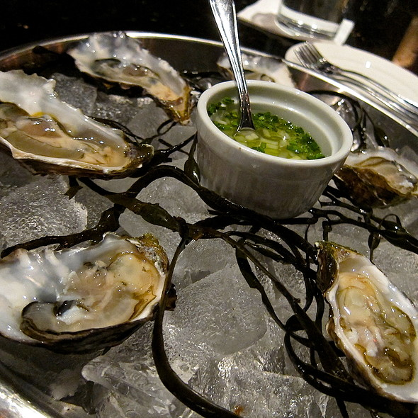 Raw Oysters/ Miyagi Oysters/ Lime Mignonette