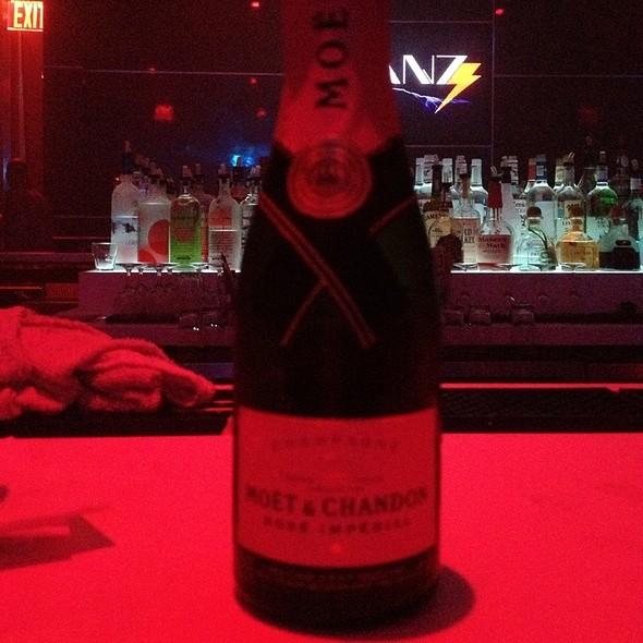 Champagne @ Corkbuzz