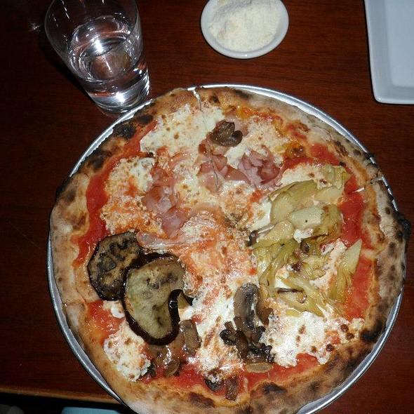 Pizza - Naples 45 Ristorante E Pizzeria, New York, NY