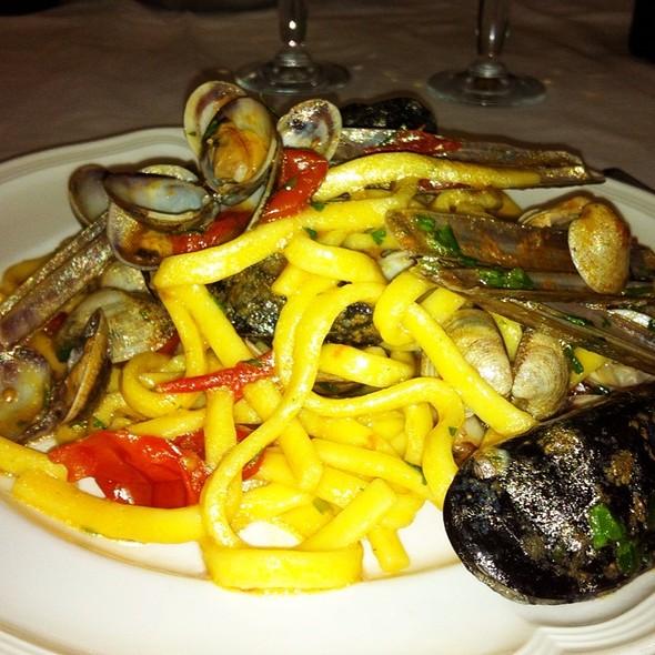 Scialatielli ai frutti di mare @ Hotel Ristorante la Lanterna Spa