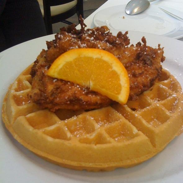 Chicken and Waffles @ Hattie's