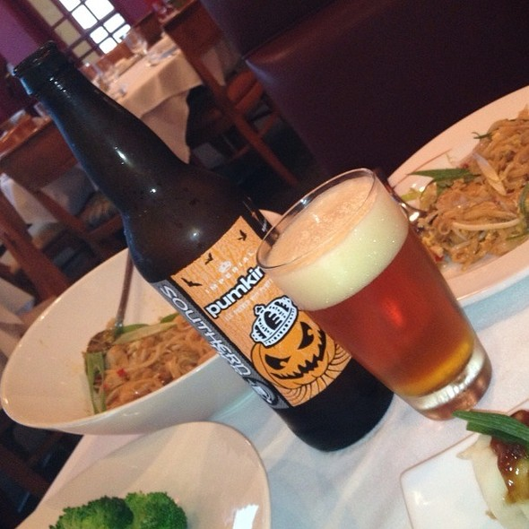Pumping Ale and Shrimp Pad Thai