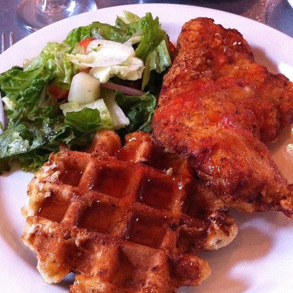 Chicken and Waffles @ Taste of Belgium - Belgian Bistro