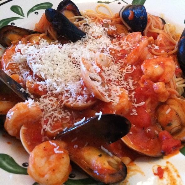 Capellini Di Mare @ Olive Garden Italian Restaurant
