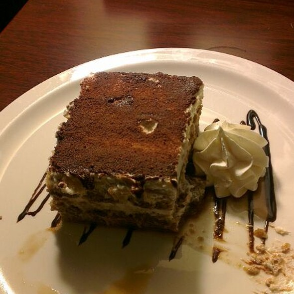 Tiramisu - Avenue Café & Lounge - Holiday Inn Central, Washington, DC