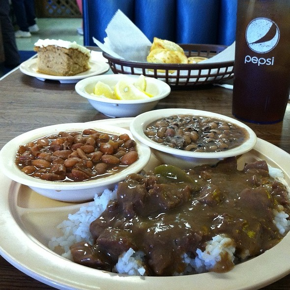 Beef Tips With Rice @ Little Libby's Catfish & Diner