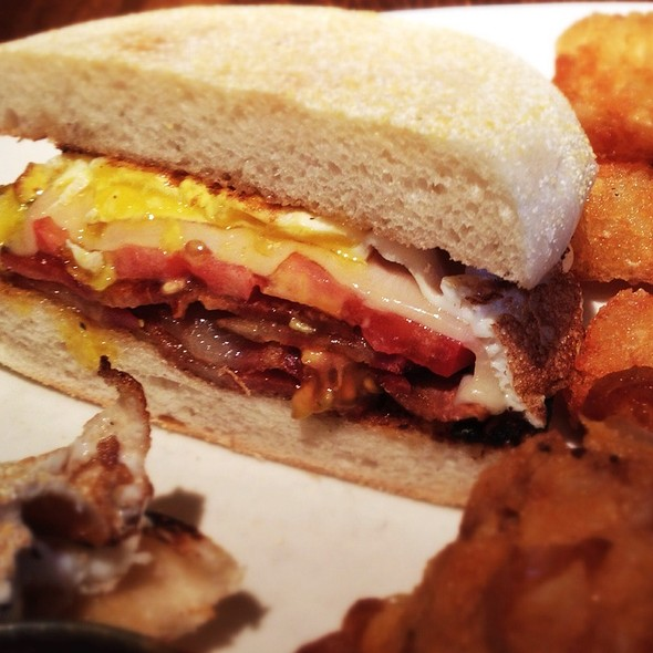 Breakfast Sandwich @ Burger & Barrel