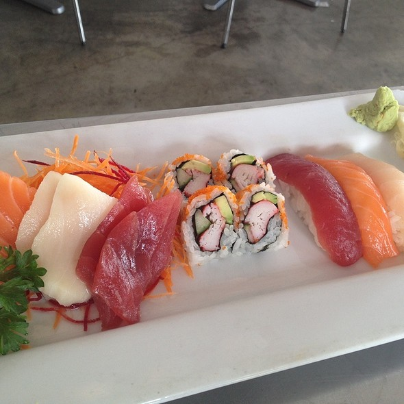 Sushi + Sashimi Lunch Combo @ Mr. Yum