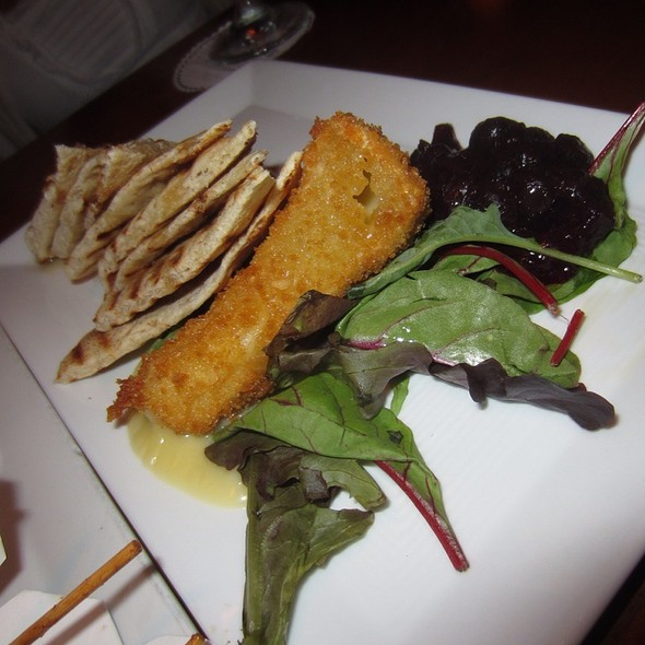 Macadamia Crusted Brie @ The Pickled Onion