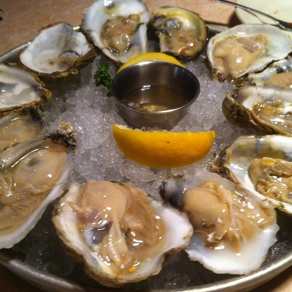 Oysters - 42nd Street Oyster Bar, Raleigh, NC