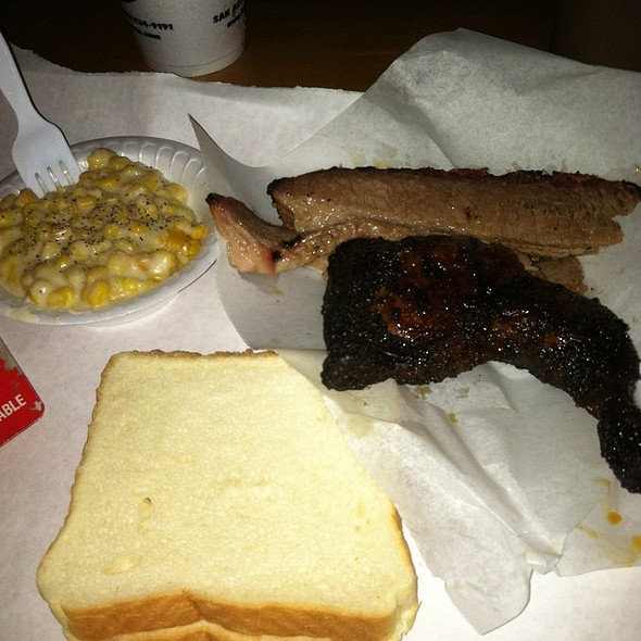 BBQ Brisket And Roasted Chicken @ The Barbecue Station