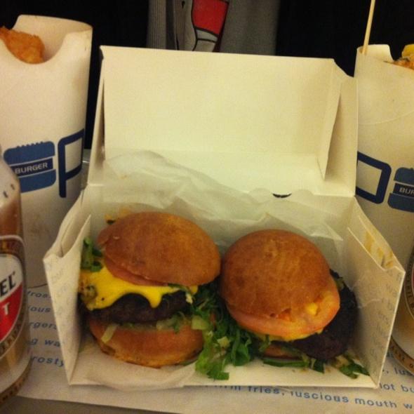 Pop Burgers @ Pop Burger