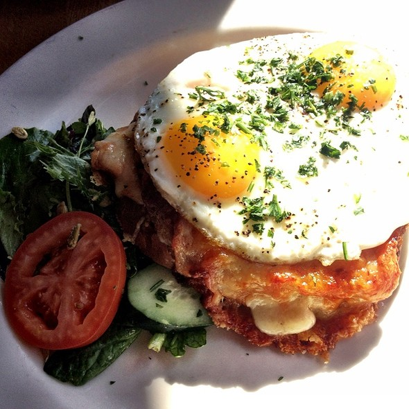 Croque Madame - Maximilien, Seattle
