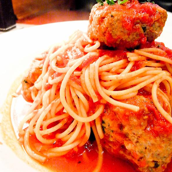 Spaghetti E Polpette @ Zeffirelli's