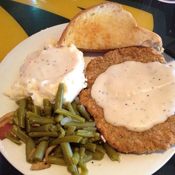 Chicken Fried Steak @ Johnny's Tavern (Power & Light)