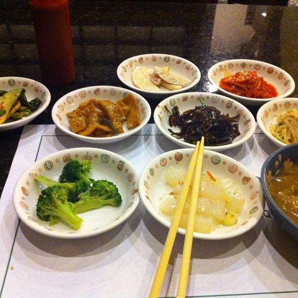 Banchan (Side Dishes) @ Jang Su Jang