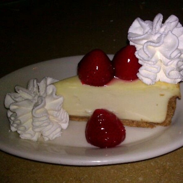 Strawberry Cheesecake @ Cheesecake Factory