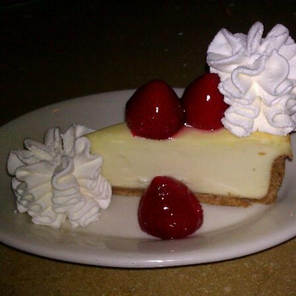 Strawberry Cheesecake @ Cheesecake Factory