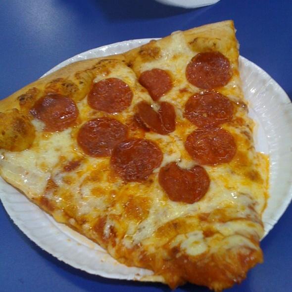 Pepperoni Pizza @ SnR