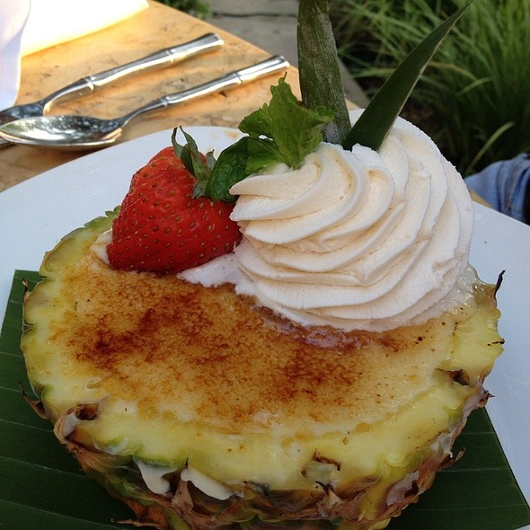 Pineapple Creme Brulee - Tommy Bahama Restaurant & Bar - The Woodlands, The Woodlands, TX
