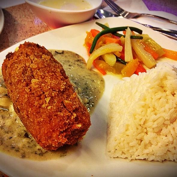 Chicken Cordon Bleu Melt @ The French Baker