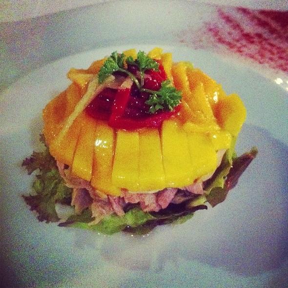 Mango Tuna Salad @ Pancho