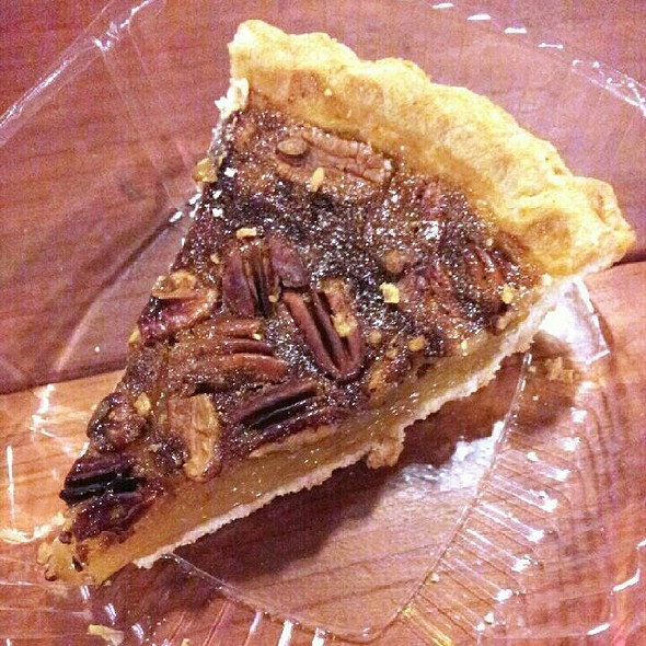 Pecan Pie @ Smoke City Market