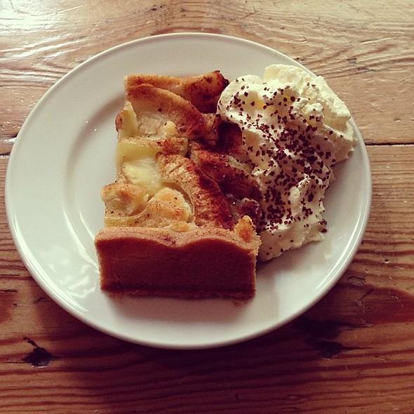 Apple Pie @ Café Diamanten