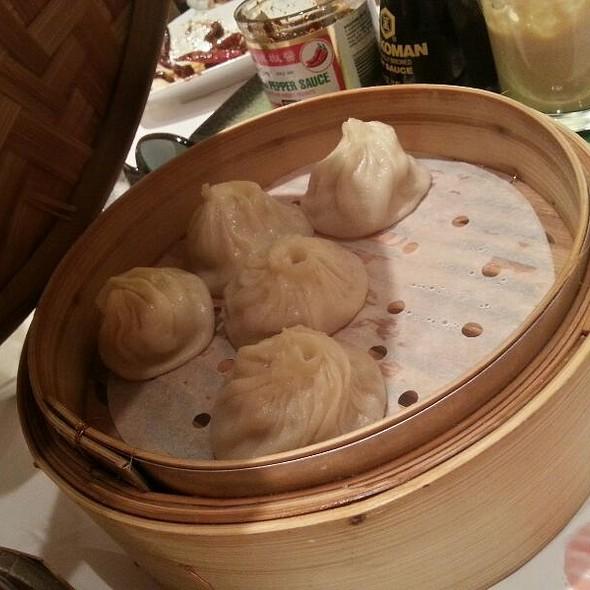 Dumplings @ Yank Sing Banquet & Catering