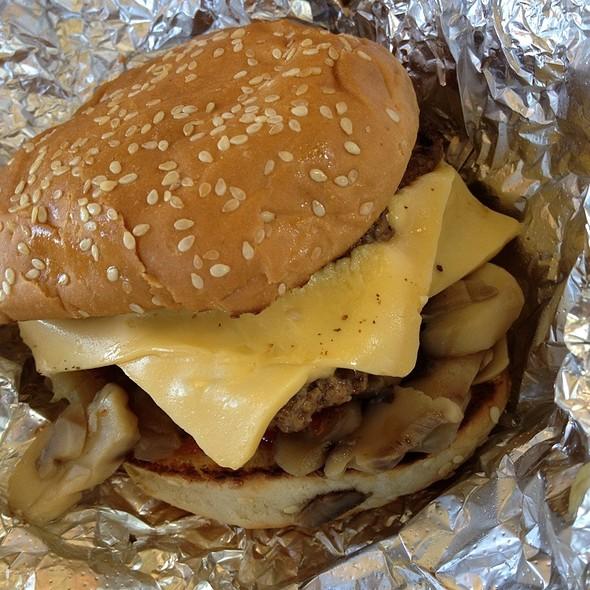 Bacon Cheeseburger @ Five Guys Burgers & Fries