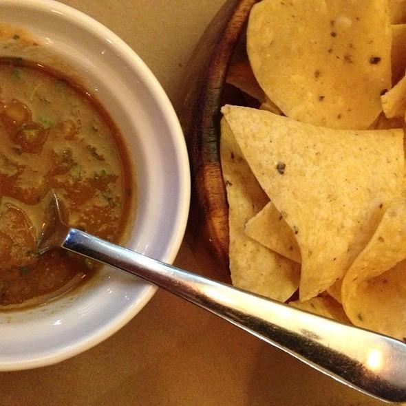 Chips and Salsa @ Frida