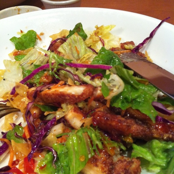 Tony's Asian Salad @ Tony Roma's