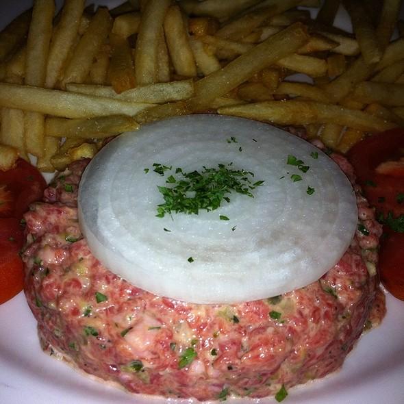 steak tartare - Bistro Francais, Washington, DC