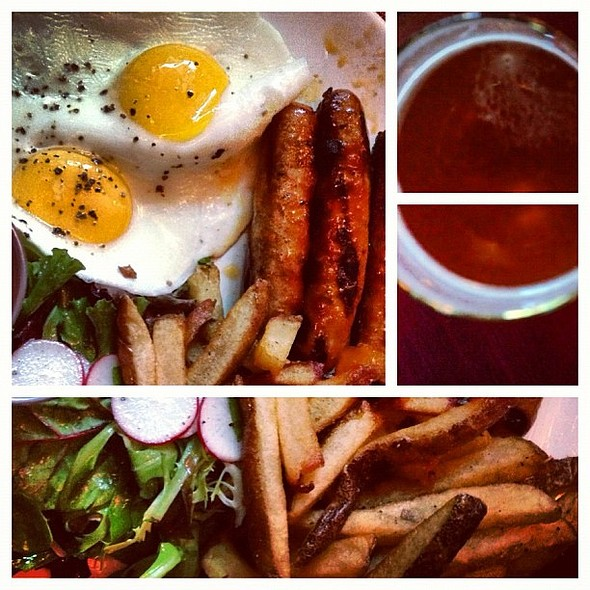 Merguez frites w/ the unassailably versatile Brooklyn Lager @TRIX_Brooklyn @ Trix