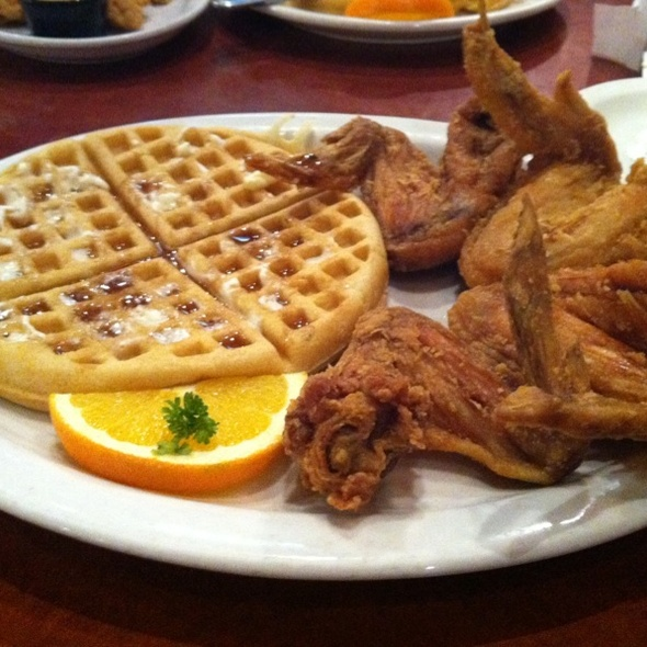 Midnight Train @ Gladys Knight and Ron Winan Chicken & Waffles