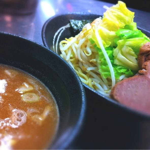 特製つけ麺 @ 横浜家系ラーメン 新宿家 高円寺店