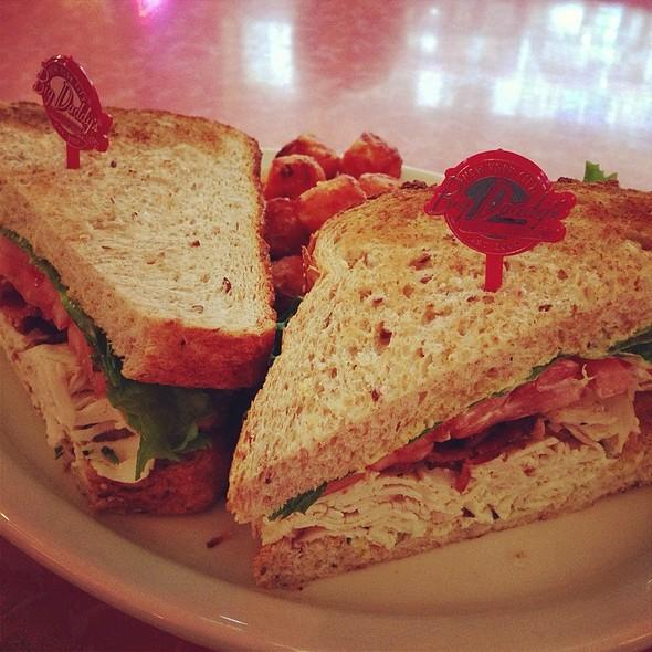 Join The Club Sandwich - Big Daddy's - Gramercy Park, New York, NY