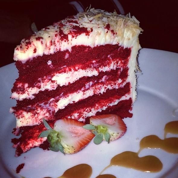 Red Velvet Cake @ Portovinos